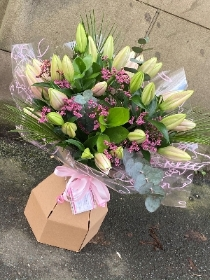mothers day bouquets. Spring bouquets. fresh flowers delivered